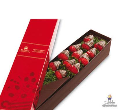 Palloncini + fragole rose